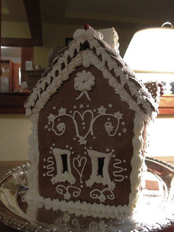 gingerbread bungalow side view