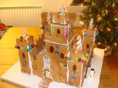 Gingerbread Castle Cookies