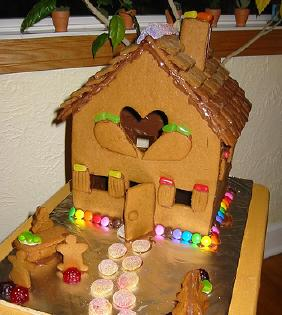 Gingerbread-Roof-2