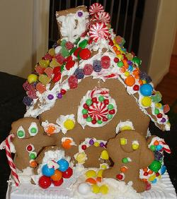 GingerbreadHouse1 & Fabulous Gingerbread House Decorating Ideas
