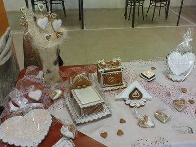 Gingerbread Wedding Decorations
