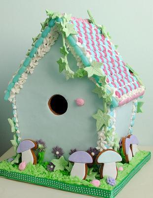 Woodland gingerbread bird house