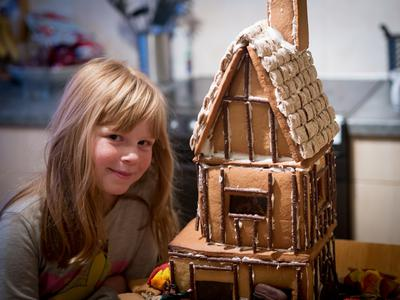 Jess & her Great Fire of London gingerbread house