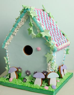 Woodland gingerbread bird house